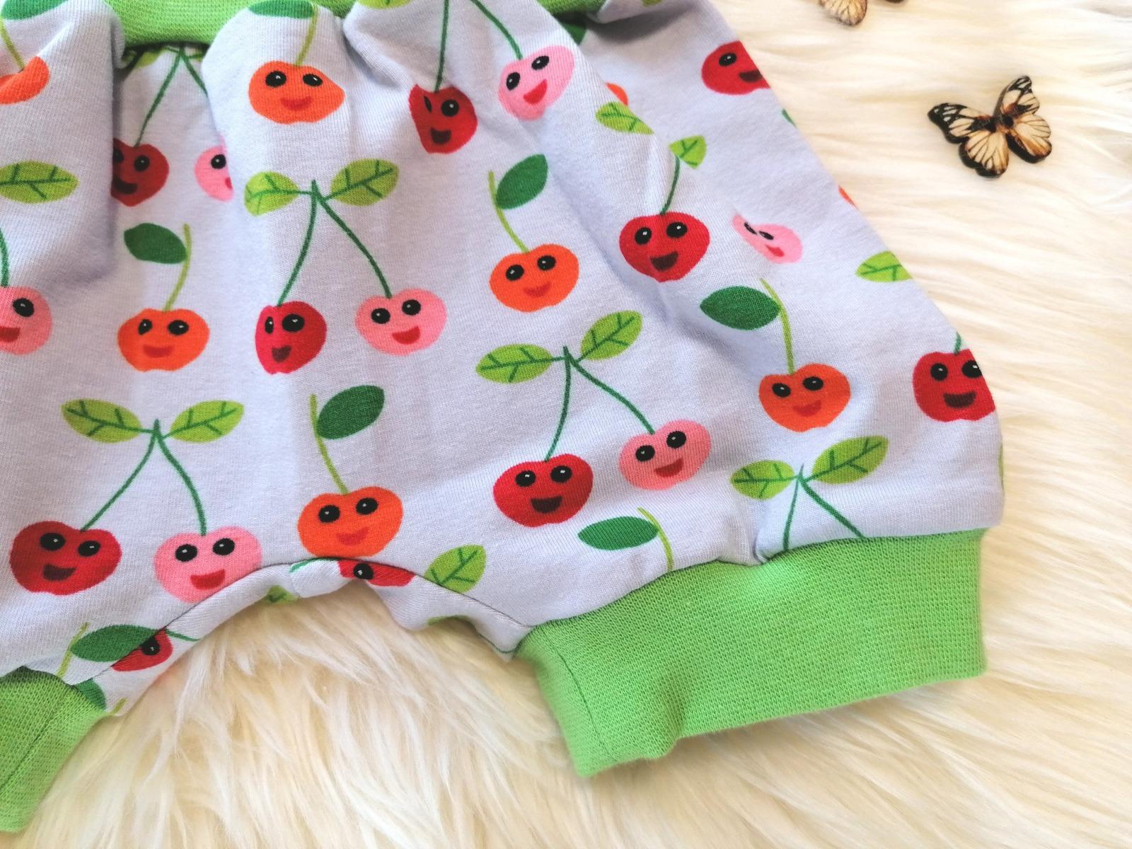 Baby Kind kurze Pumphose mit Kirschen