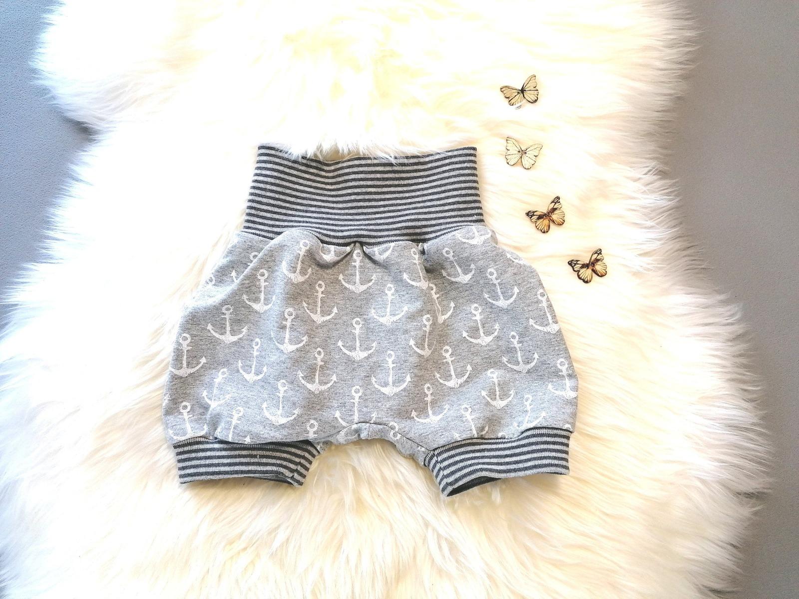 Baby Kind Kurze Pumphose Shorts Vintage