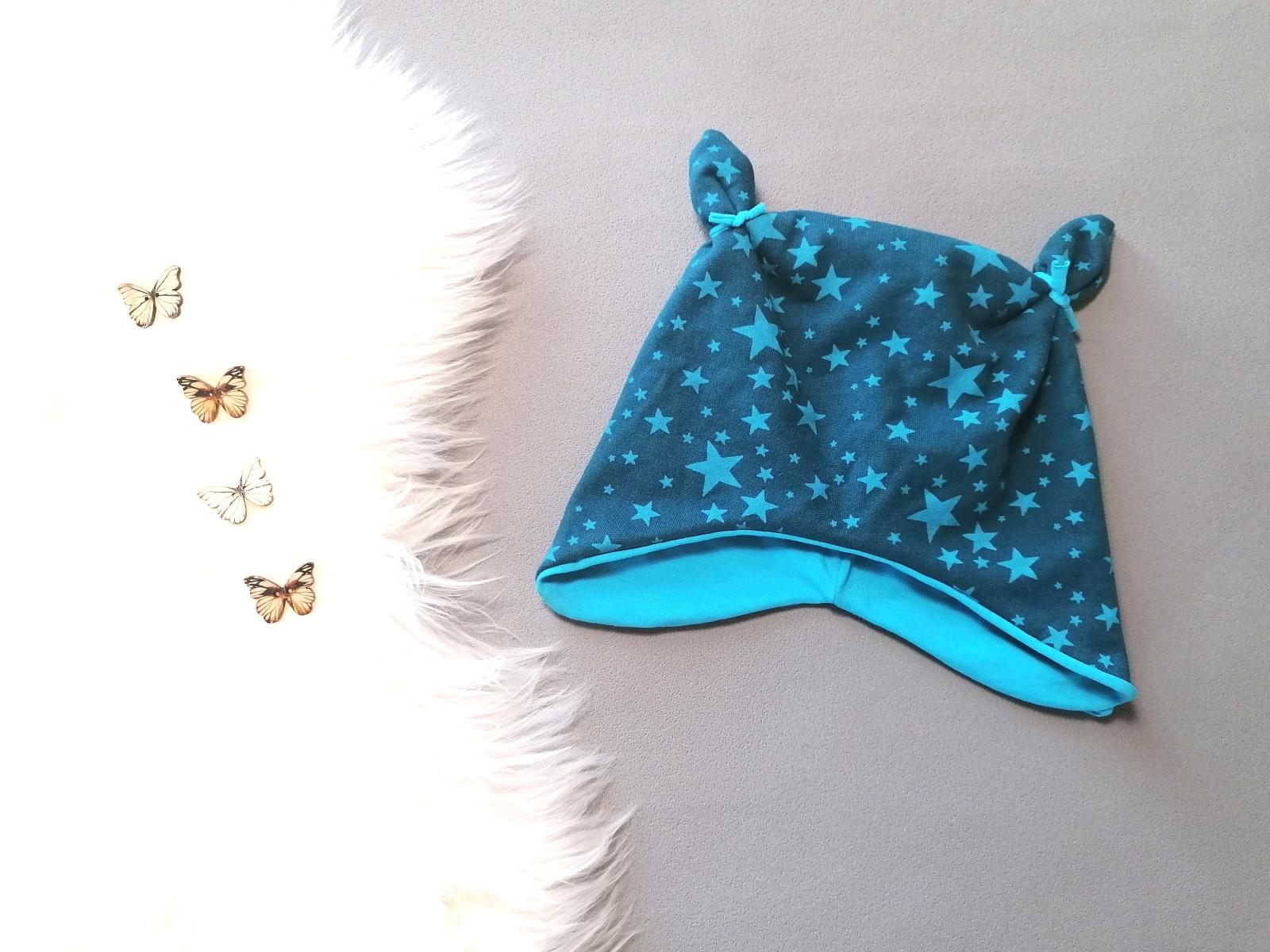 Mütze mit Öhrchen in Wunschgröße Sterne