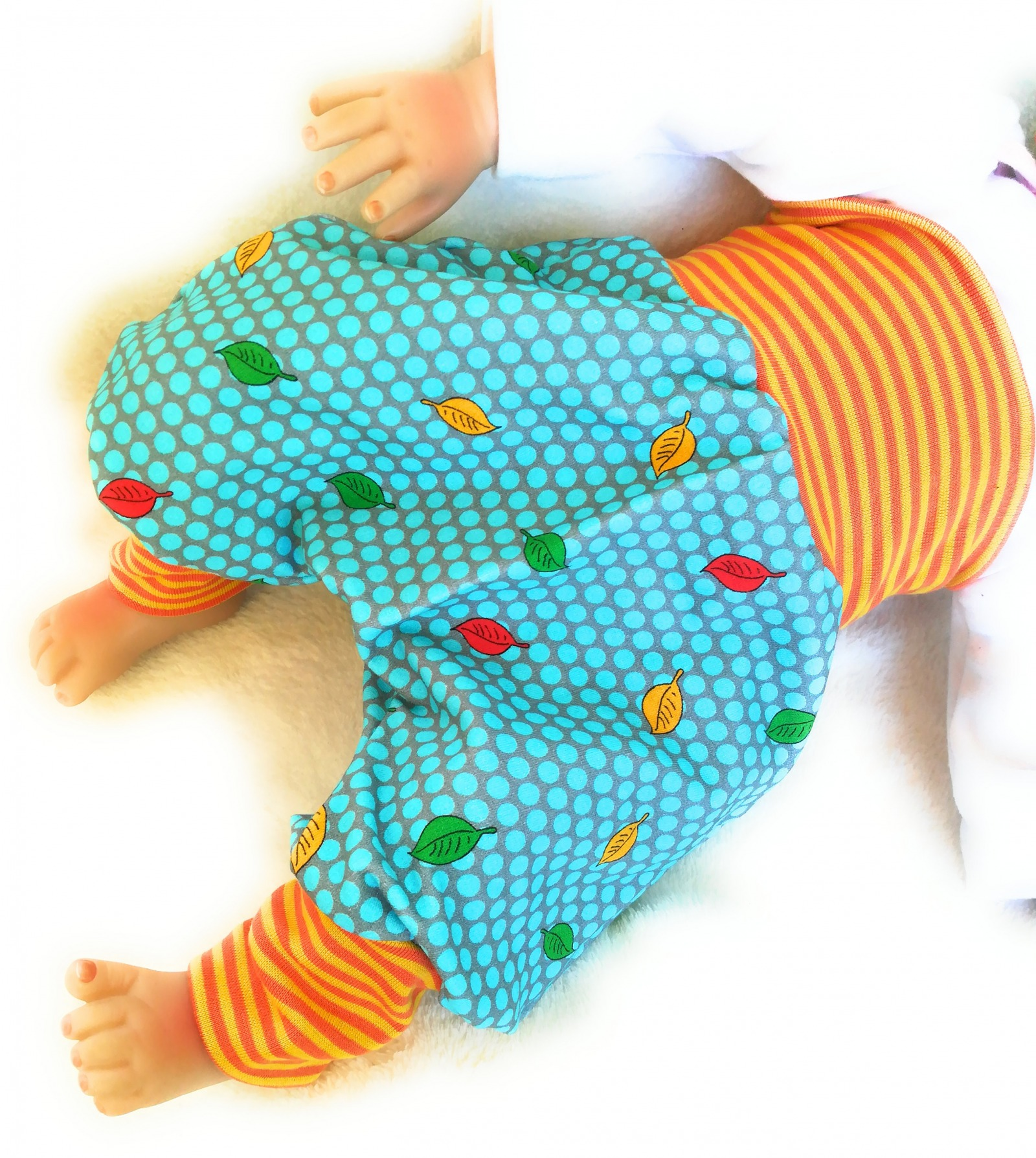 Baby Kind Mitwachshose Pumphose Sweat Blätter