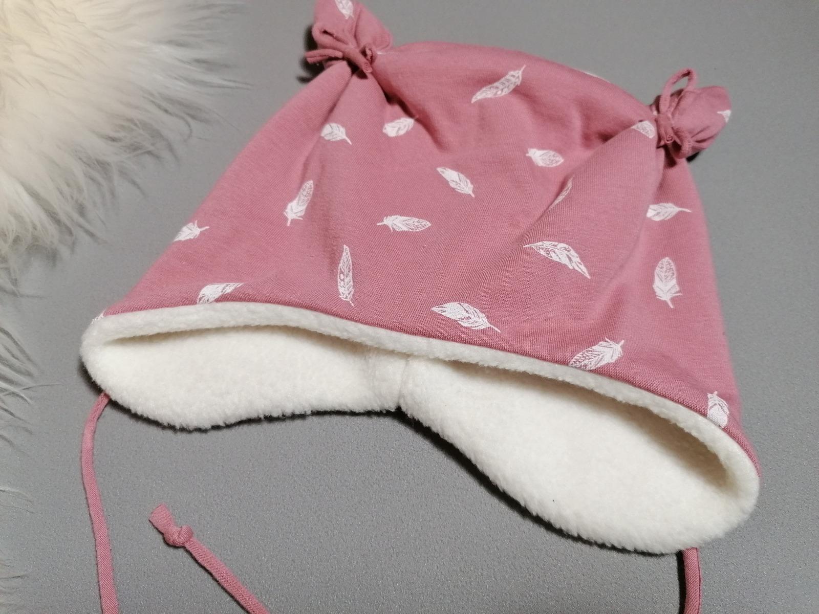 Mütze mit Öhrchen in Wunschgröße Federn