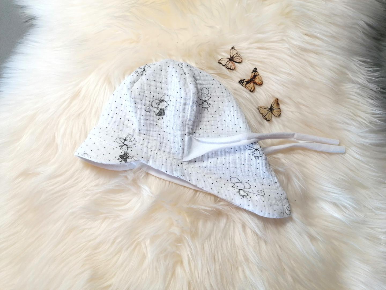 Baby Kind Schirmmütze aus weißem Musselin