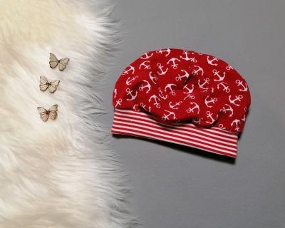 kopfnahe Mütze mit Bündchen Anker rot
