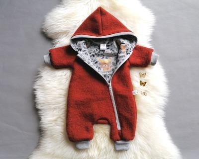 Baby Kind Walkoverall Rost Terrakotta Hellblau