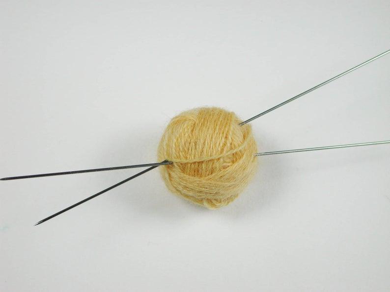 Stricknadel Paar mm für die Miniaturhandarbeit