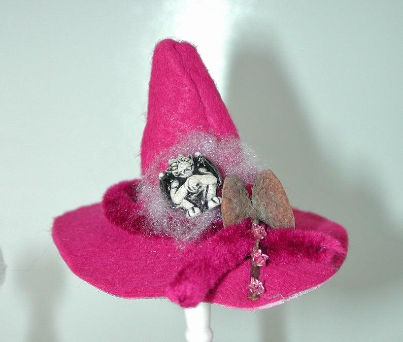 Hexenhut in Miniatur für die Puppenstube