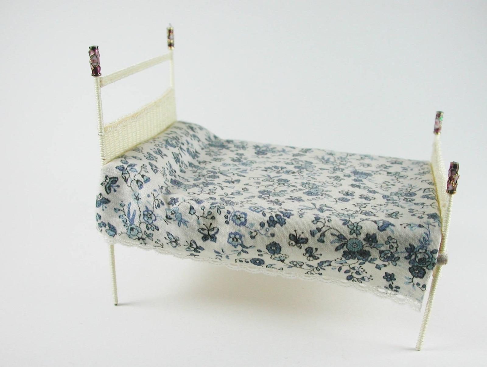 Brettchen ca cm für Bett Boden