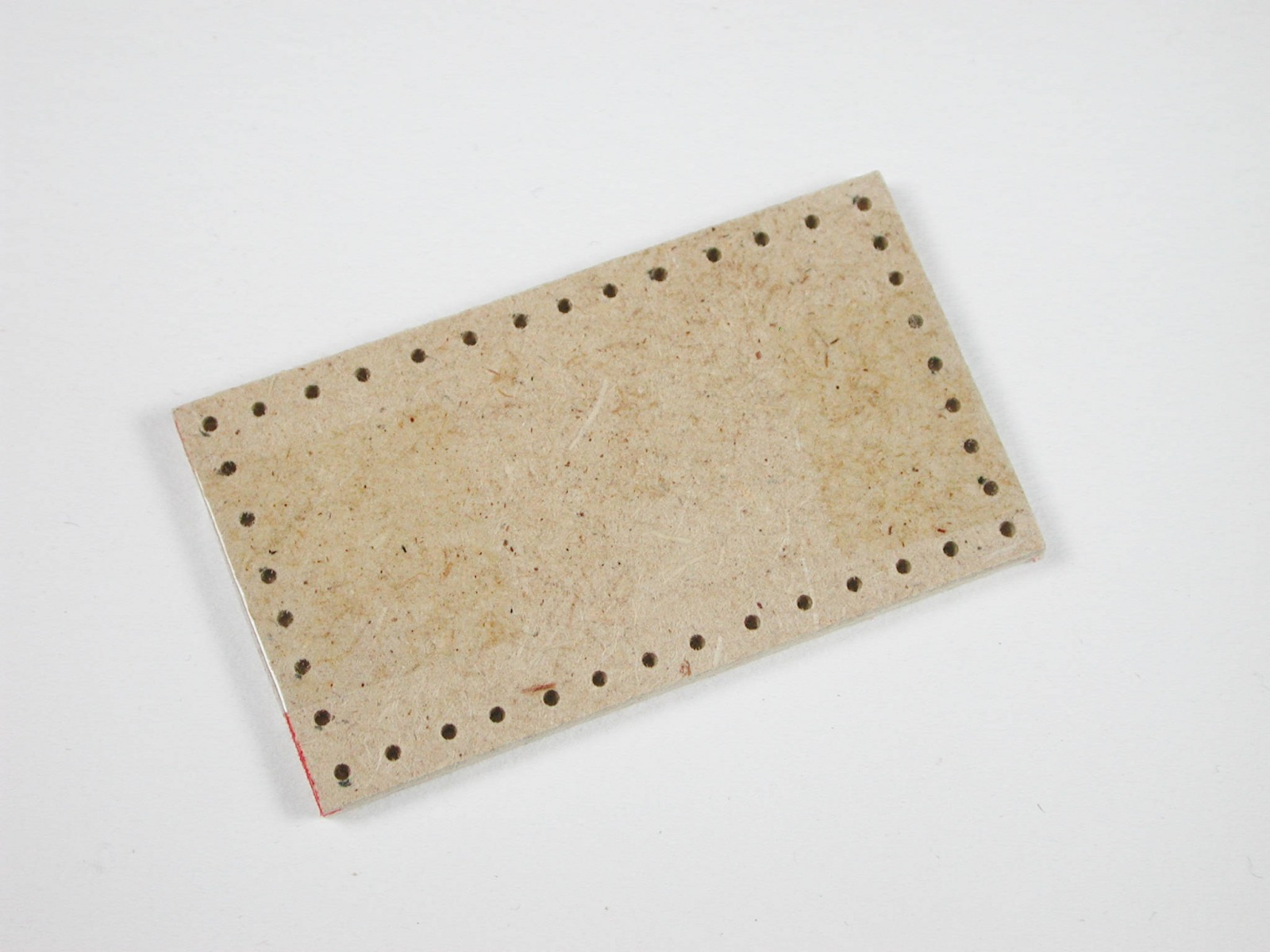Brettchen ca3 cm für eine Truhe