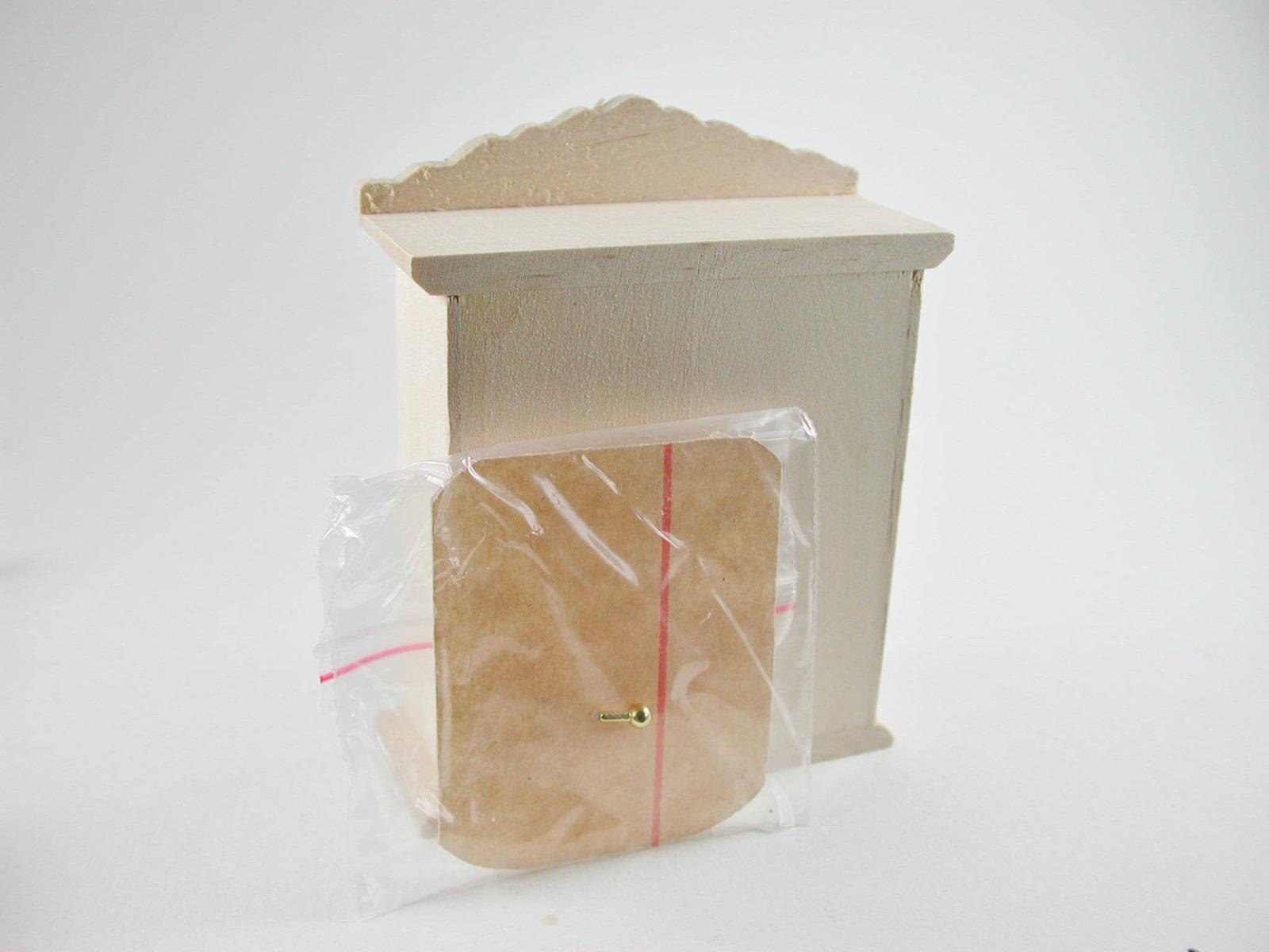 Hängeschrank für die Puppenstube das Puppenhaus