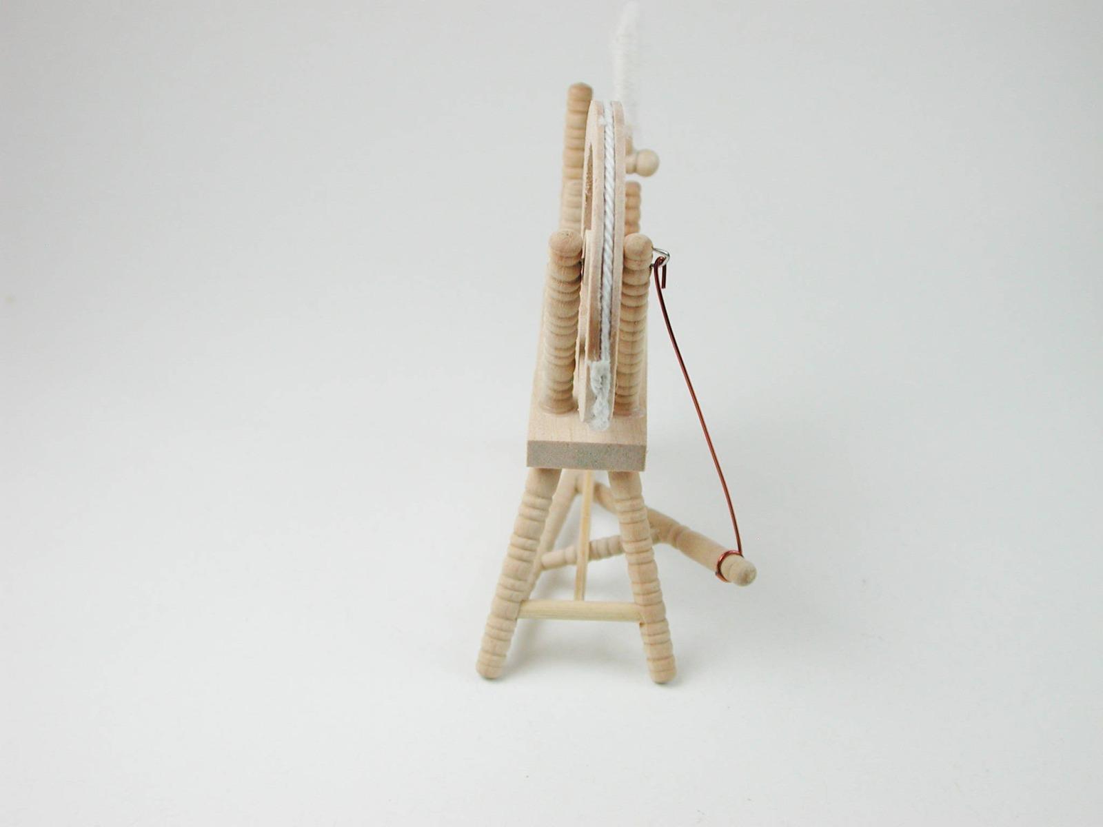 Spinnradl für die Puppenstube das Puppenhaus