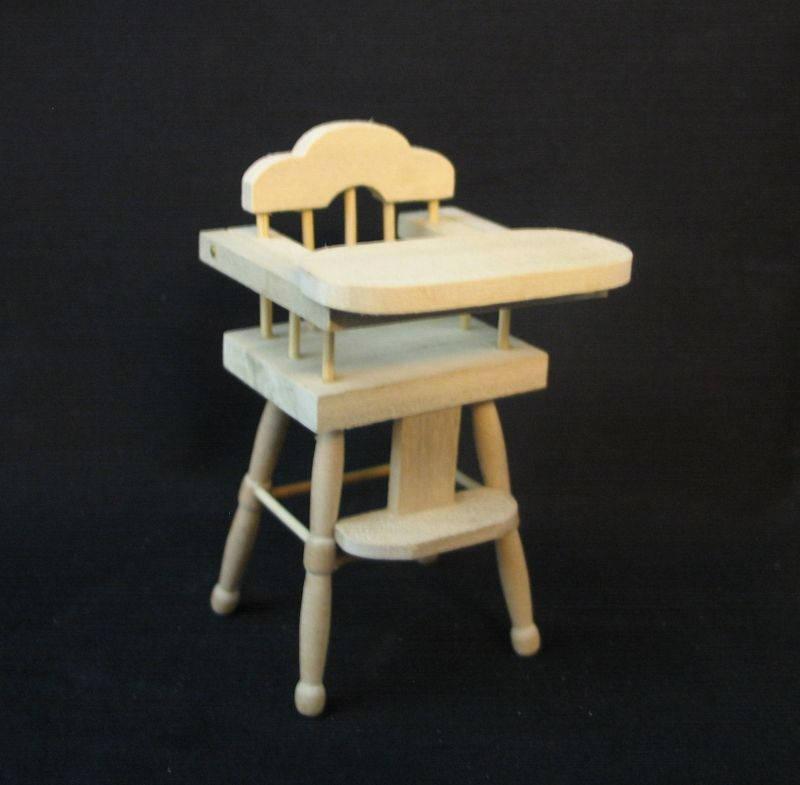 Kinderhochstuhl für die Puppenstube das Puppenhaus