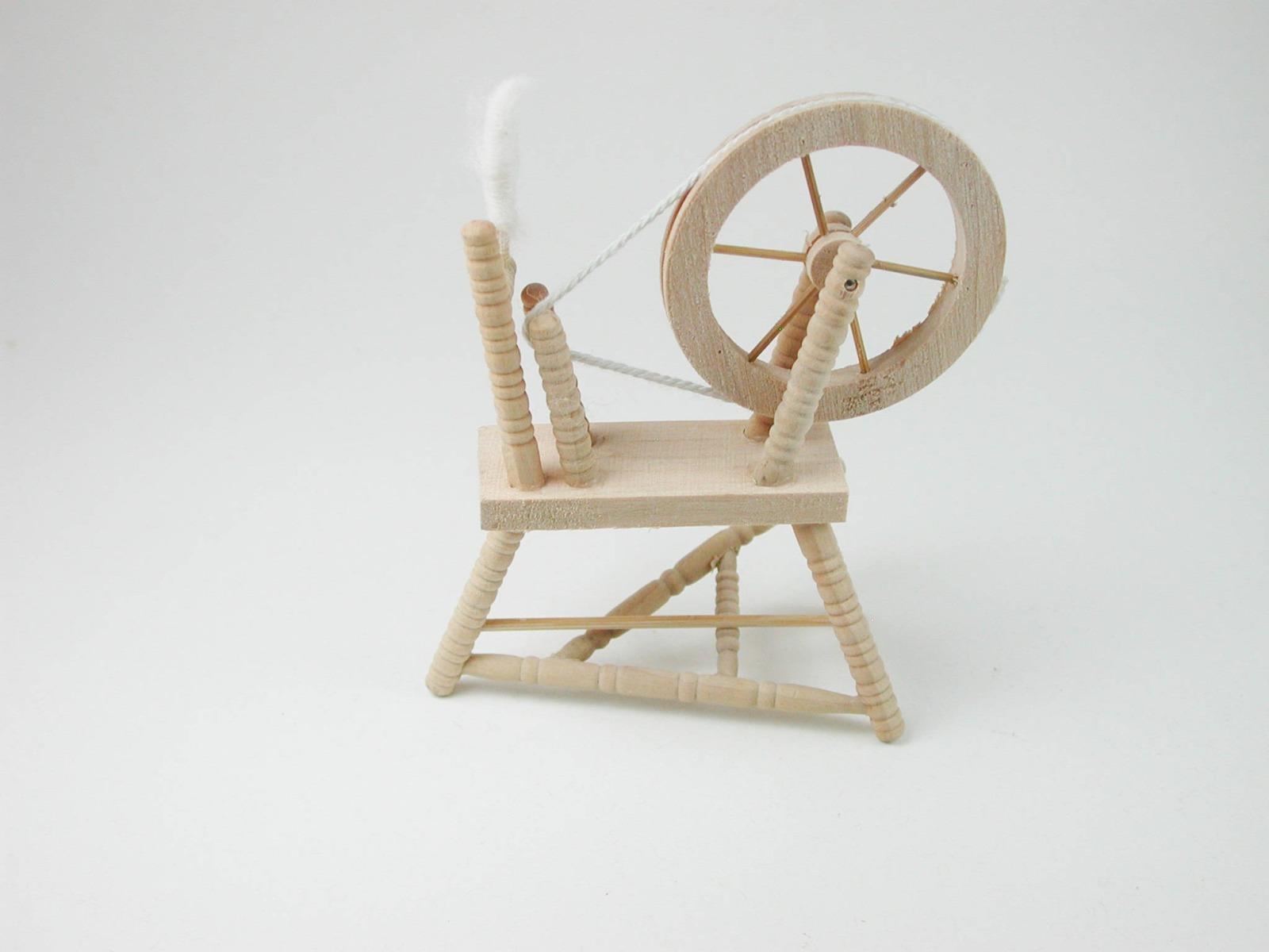 Spinnradl für die Puppenstube 4