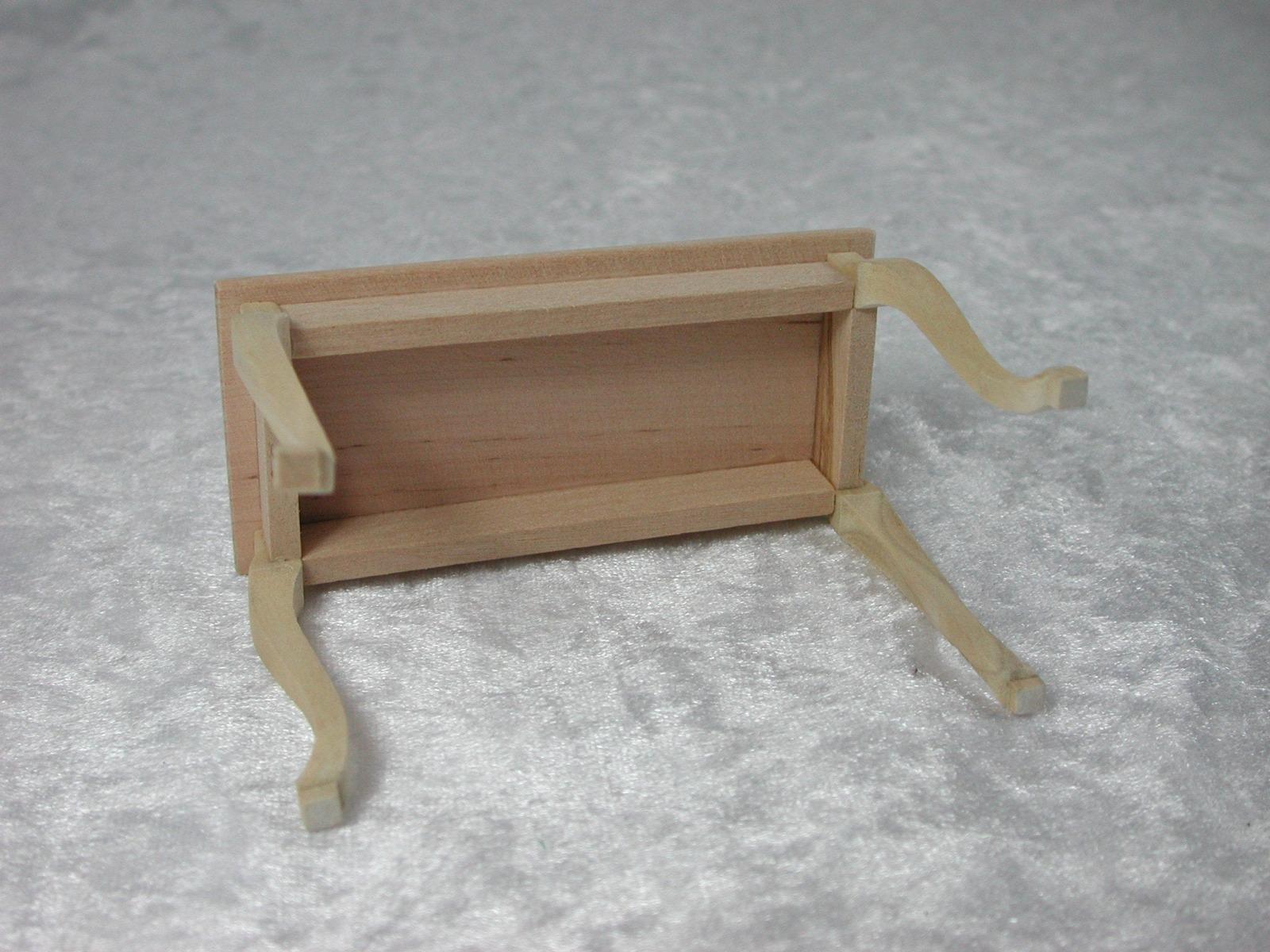 Beistelltisch 1:12 Miniatur 4