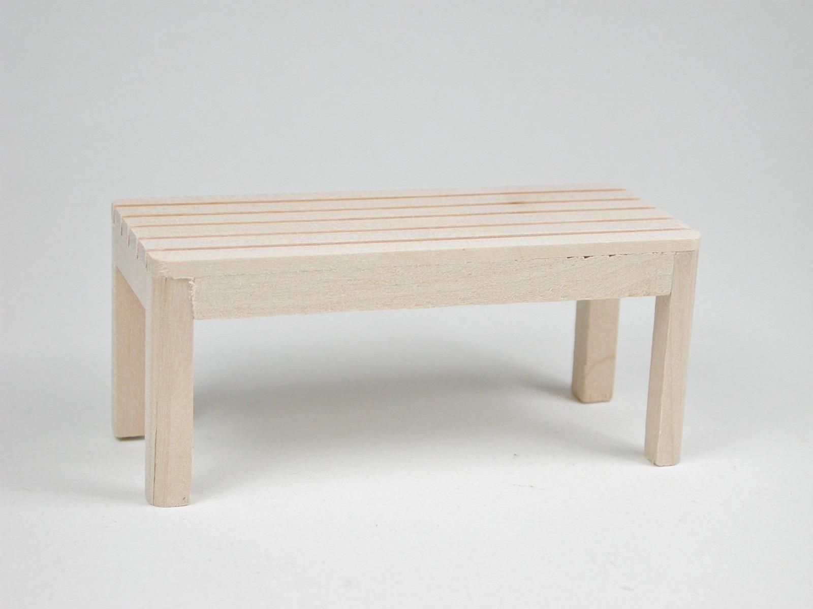 Gartentisch für die Puppenstube