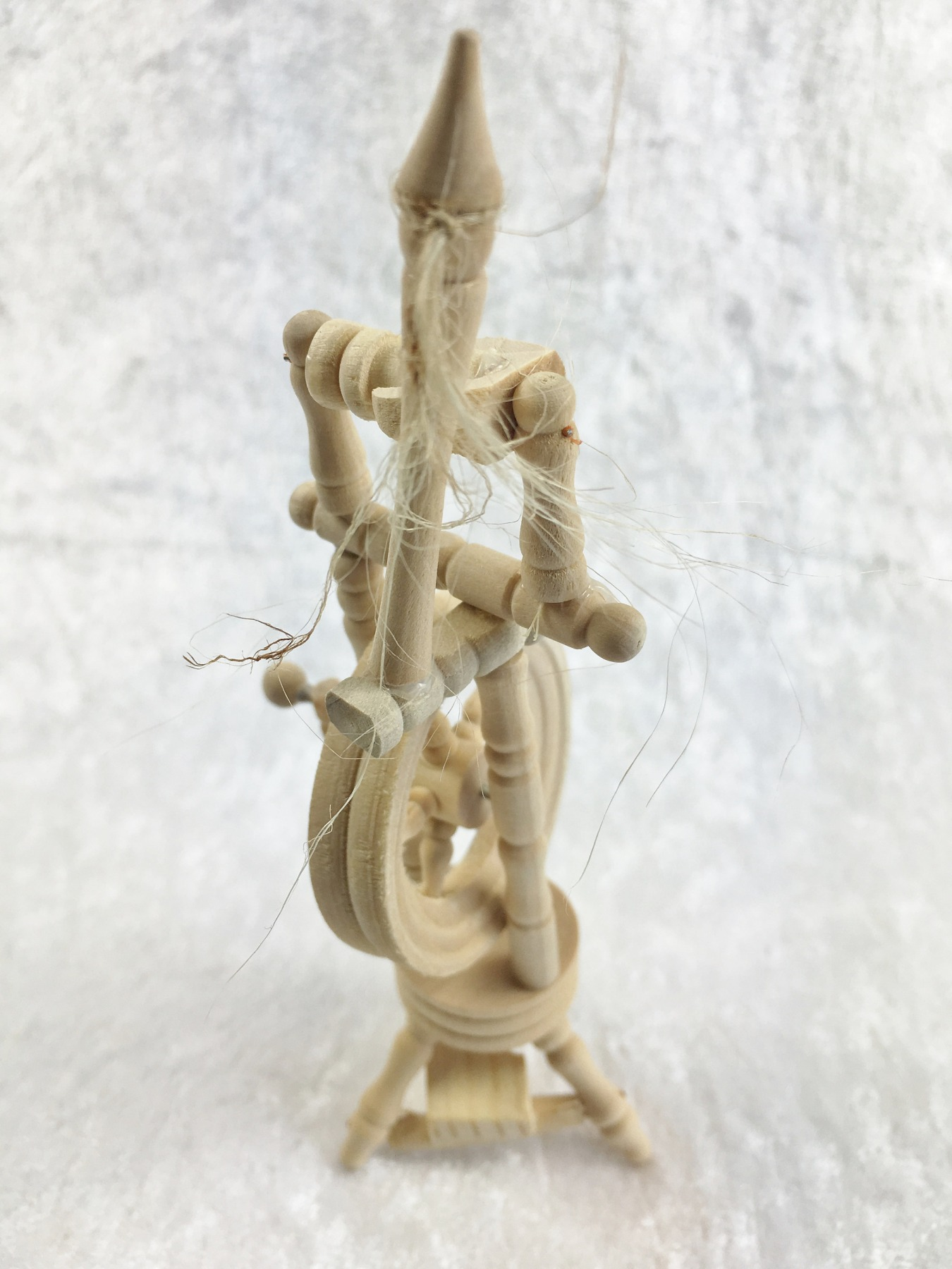 Spinnrad für die Puppenstube das Puppenhaus