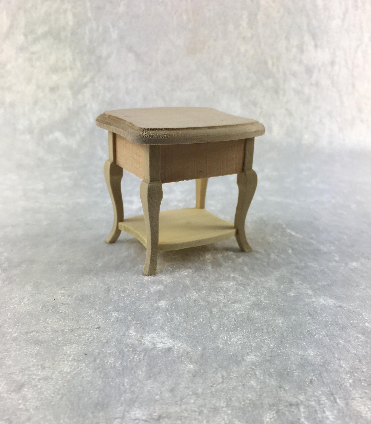 Nachttisch für die Puppenstube das Puppenhaus