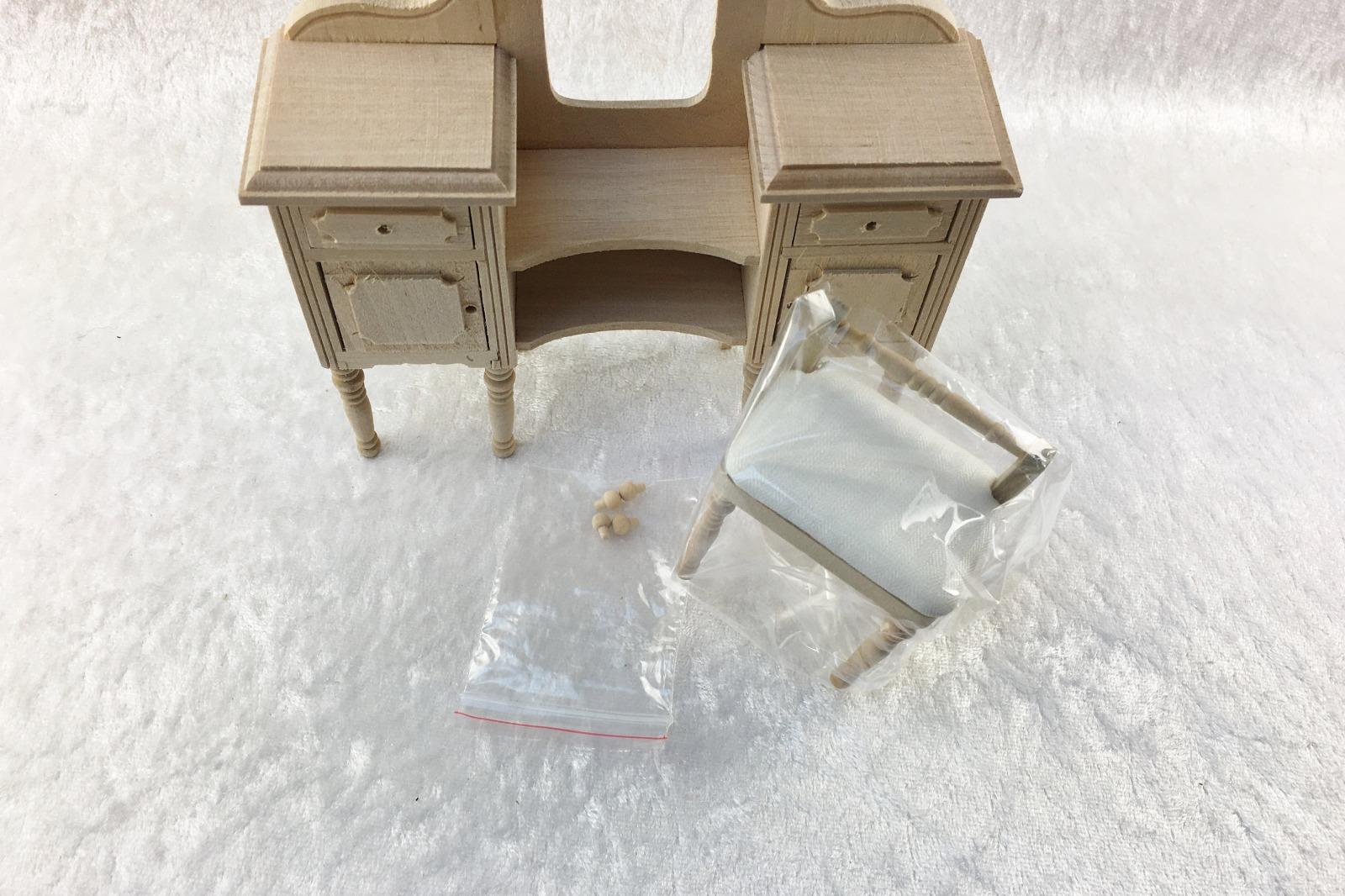 Frisierkommode für die Puppenstube das Puppenhaus