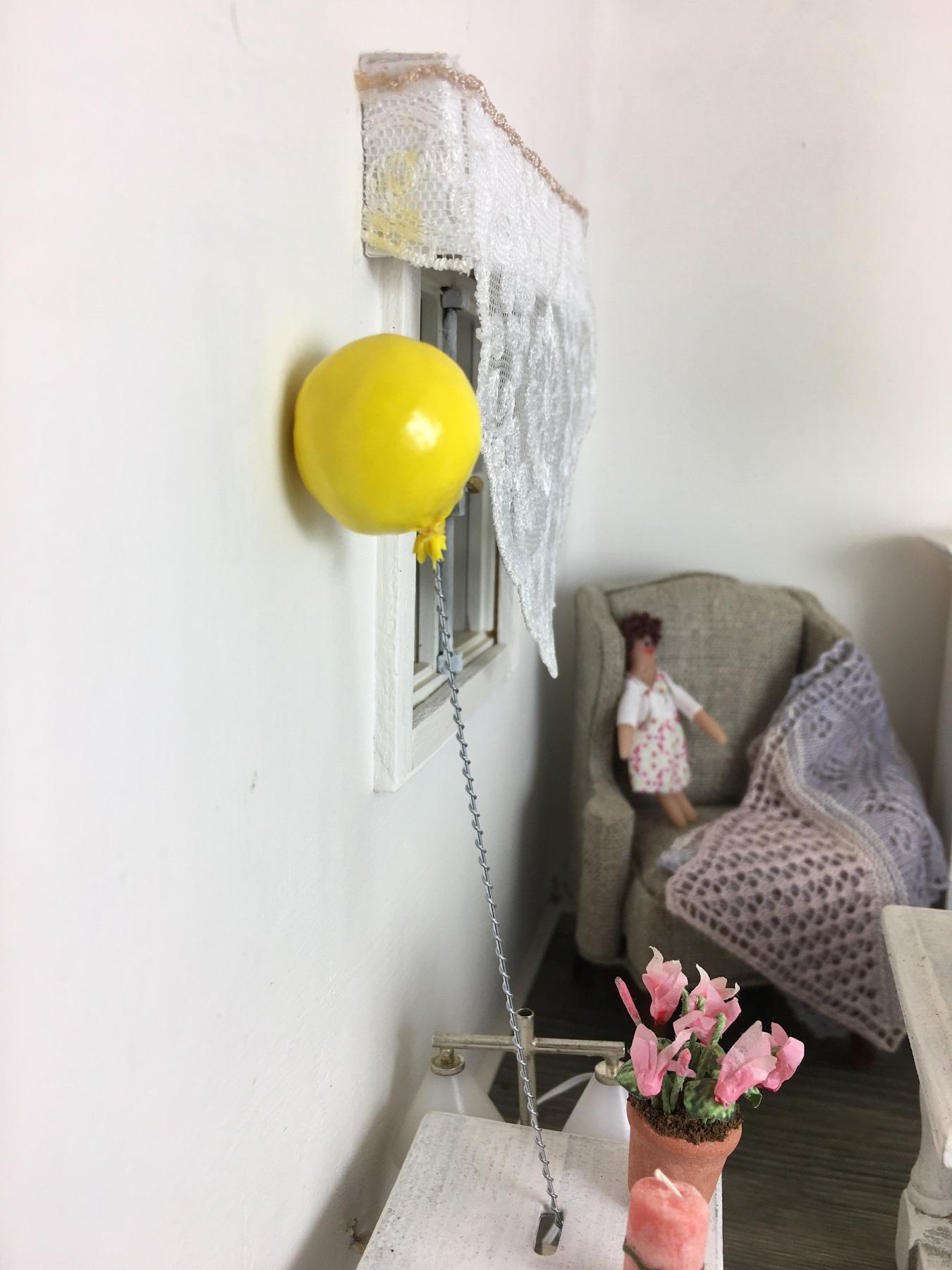 Luftballon in 1:12 Spielzeug für das