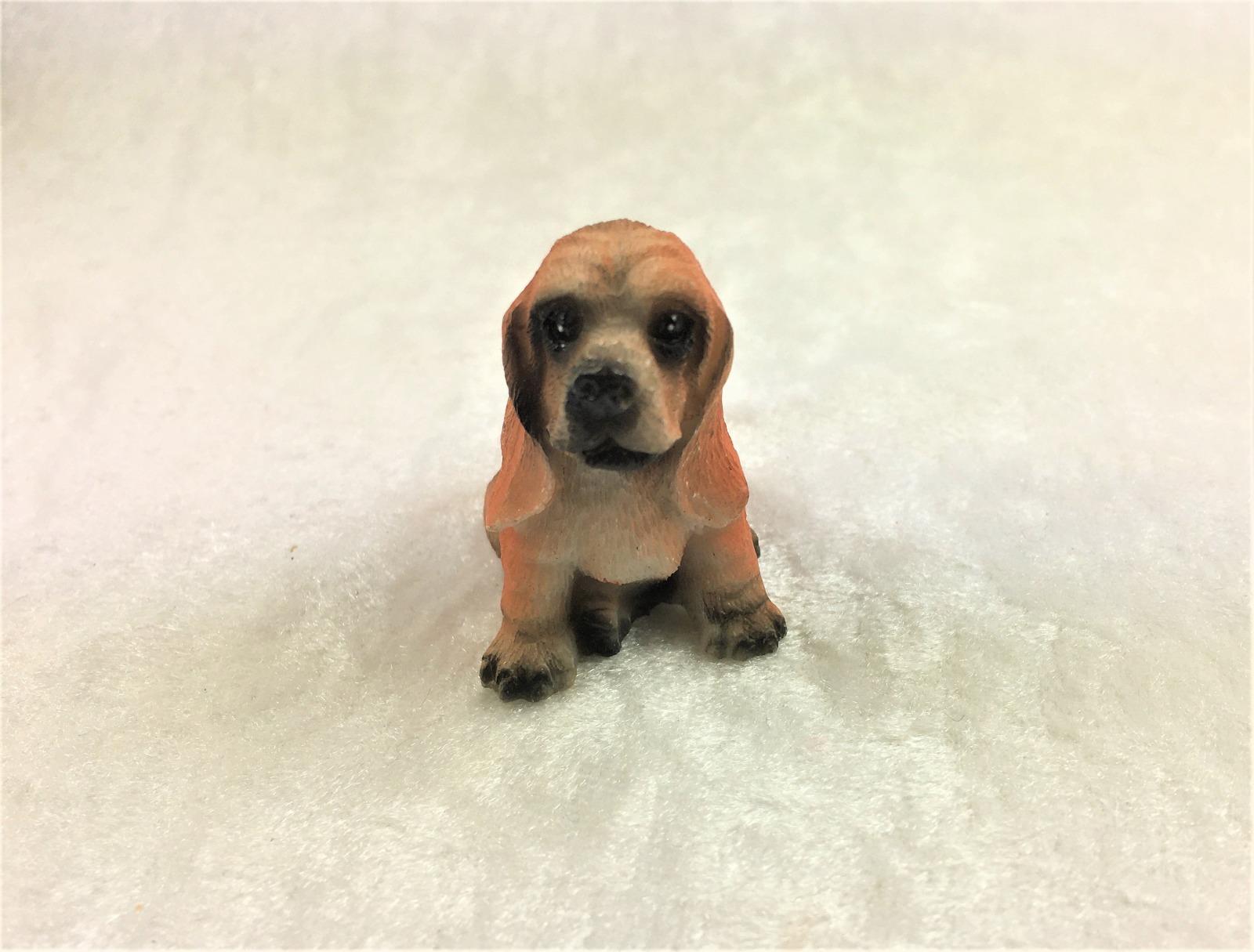 Hund Bluthund Jagdhund für die Puppenstube