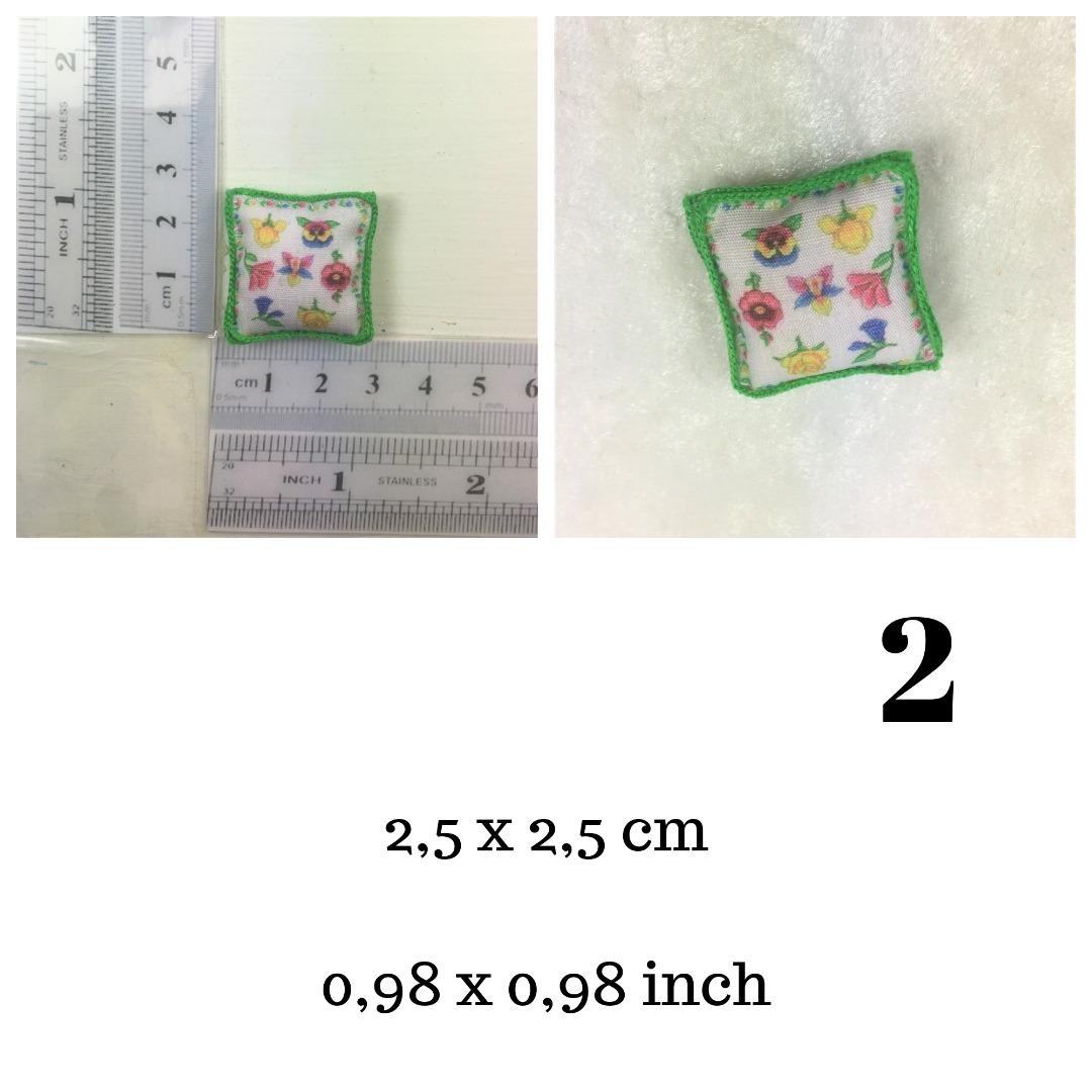 Kissen handgenäht in Miniatur 1zu12 für