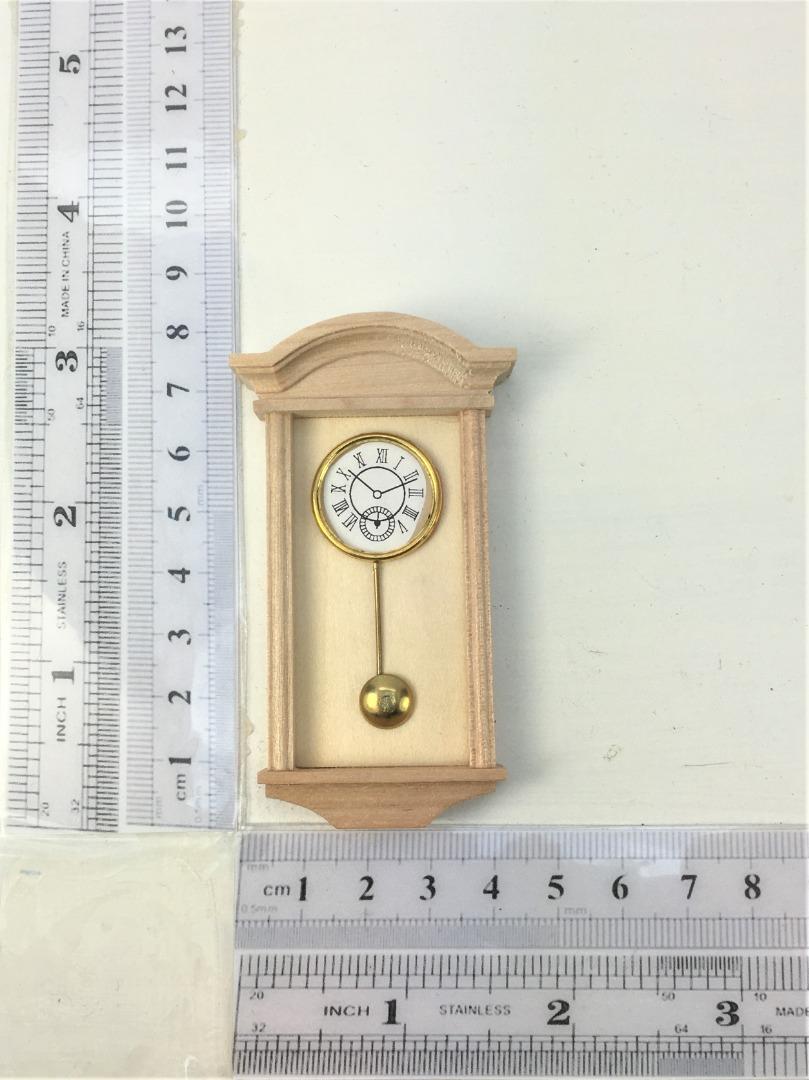 Uhr Wanduhr für die Puppenstube das