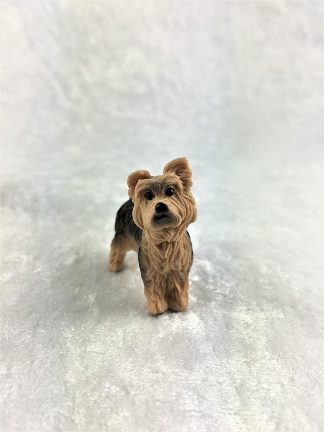 Yorkshire Terrier in Miniatur 1:12