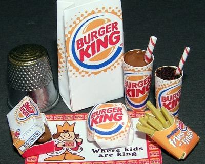 Fastfood Burger King Bastelkit aus Papier