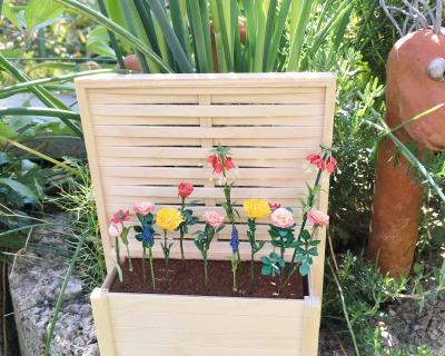Blumenkasten mit Pergola für den Garten