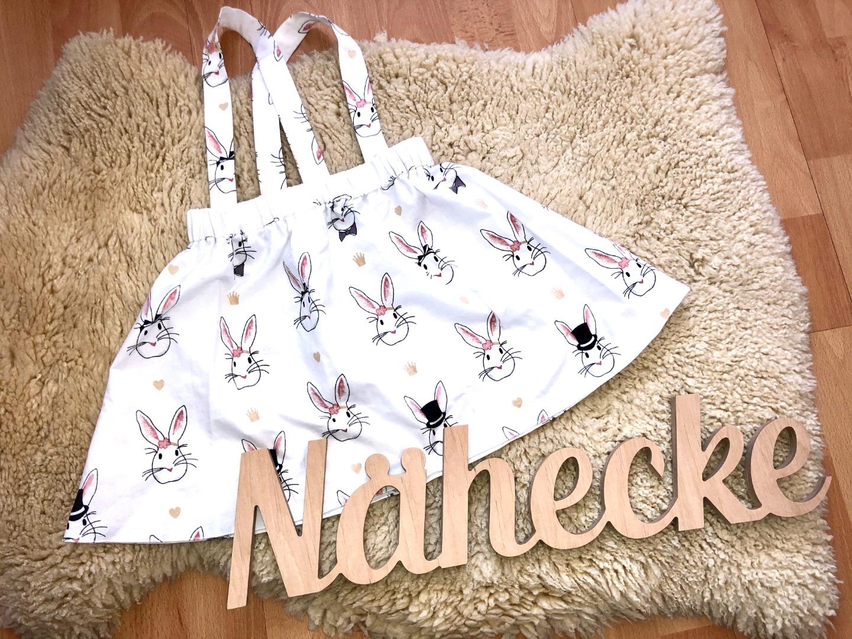 Sofortkauf Handmade Trägerrock mit Hasendruck Gr