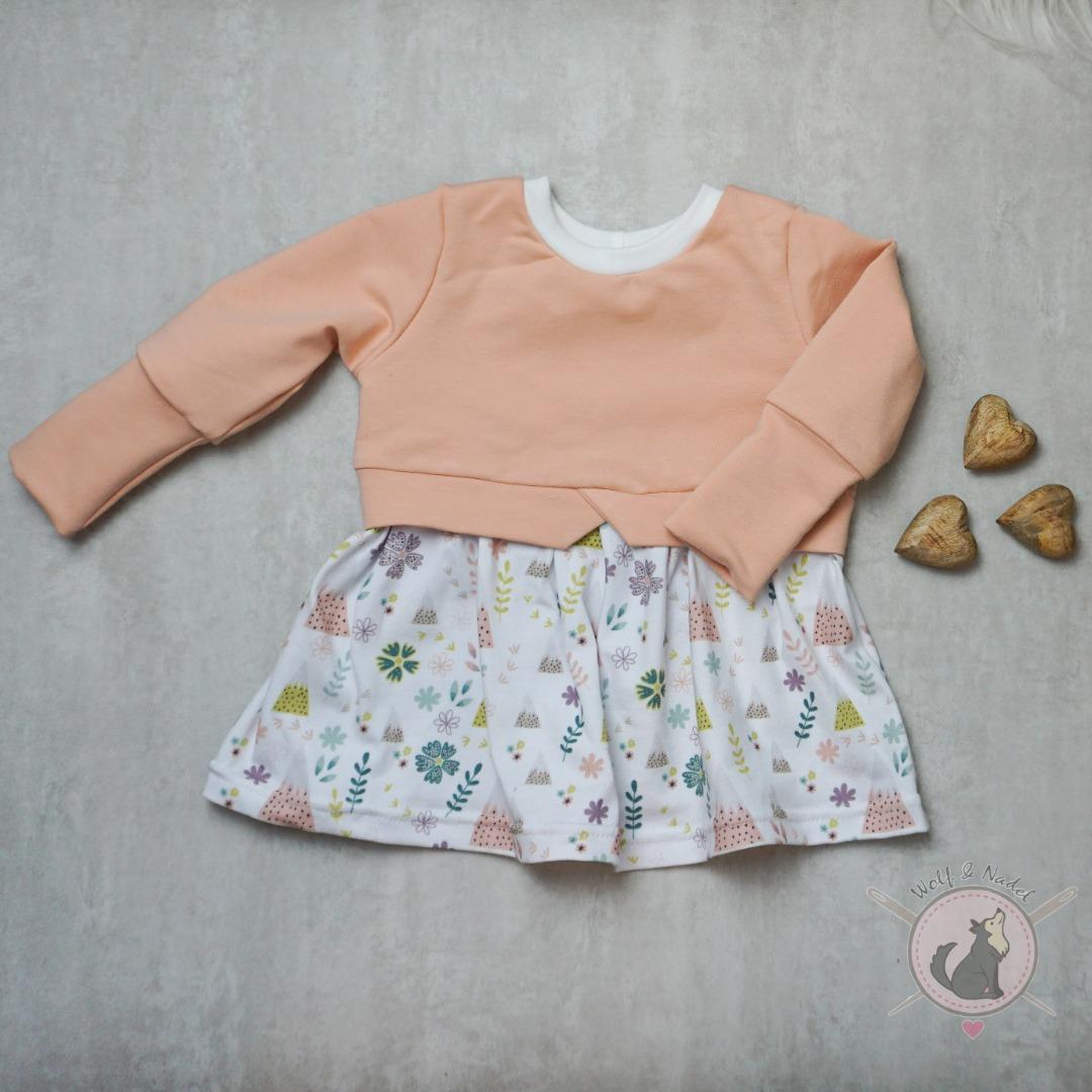 Sofortkauf Handmade Girlysweater Bergzauber Gr 68