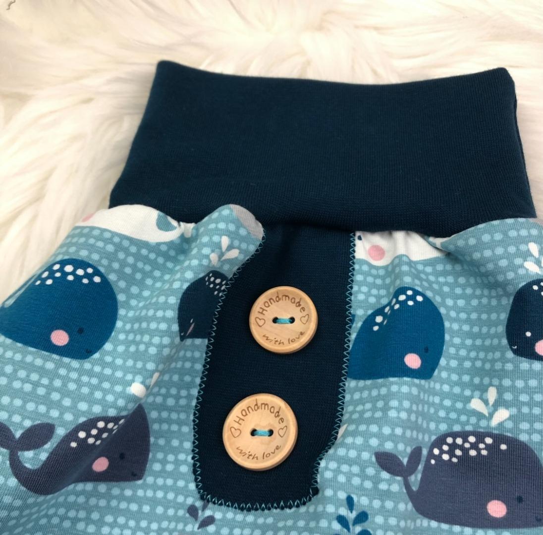 Bestellung Handmade Pumphose aus Biojersey Babywale