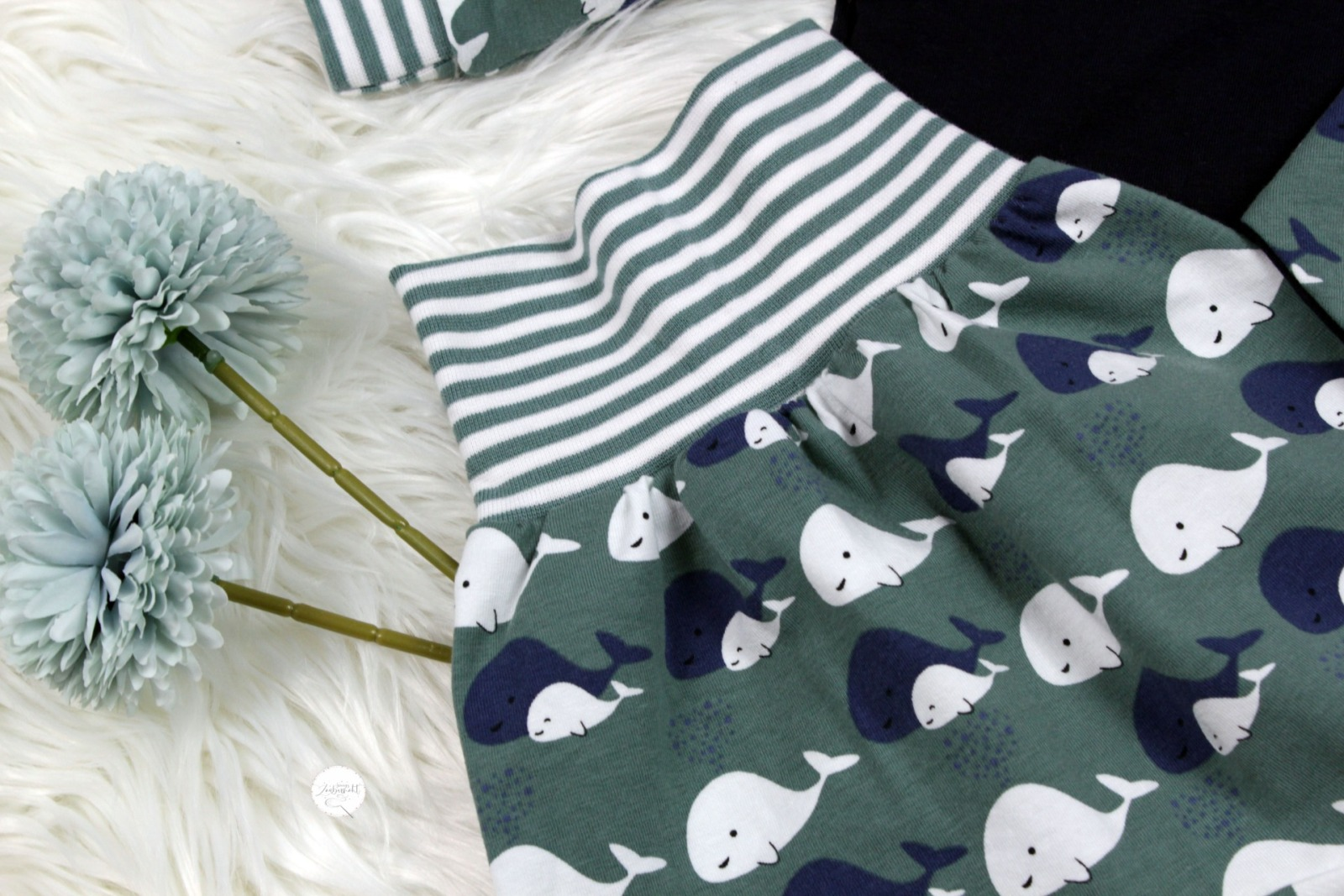 Sofortkauf Handmade Set Pumphose Shirt Halstuch