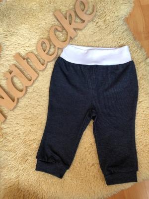 Sofortkauf Handmade sportliche Jeans Gr 68/74