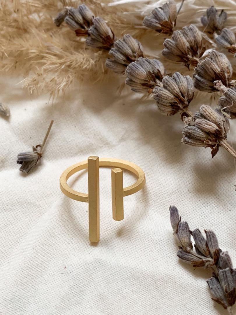 Ring - zwei Stäbe gold 2