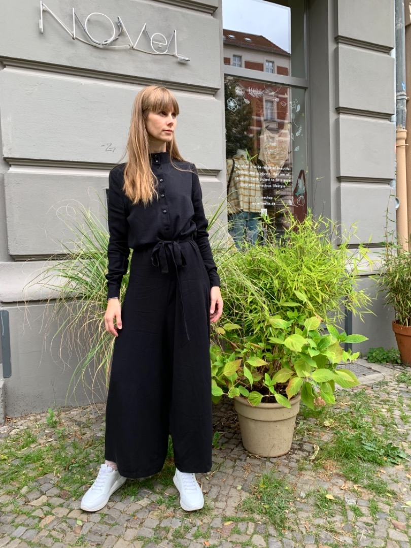 Givn - Jumpsuit LOTTIE - black