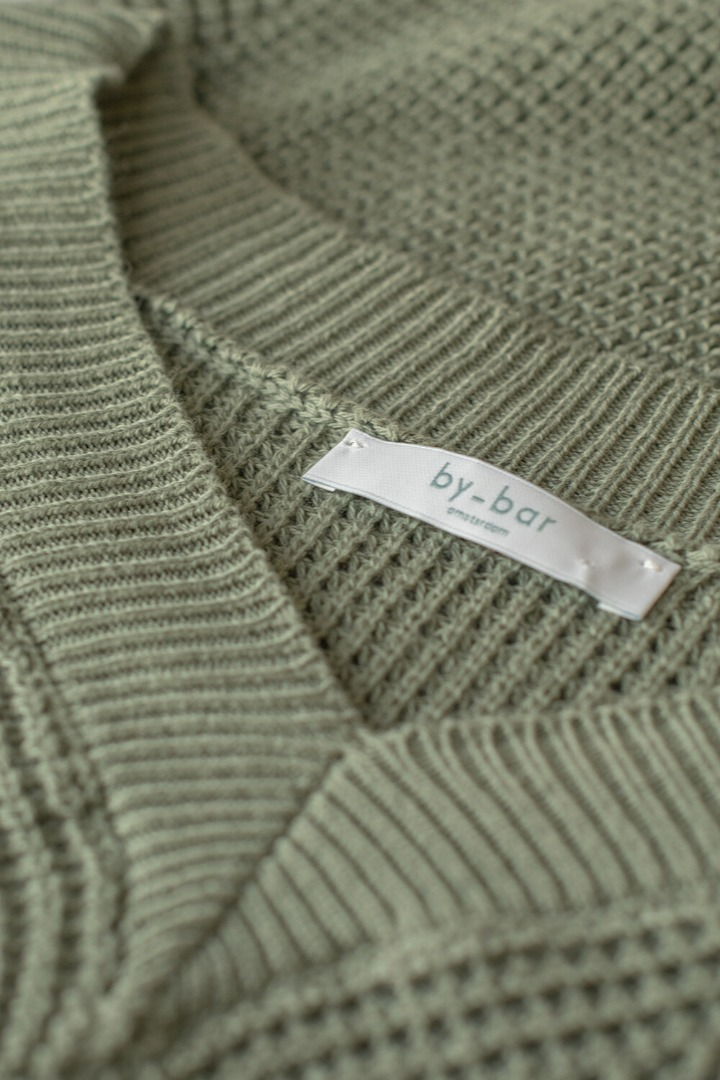 by-bar june pullover - bright olive