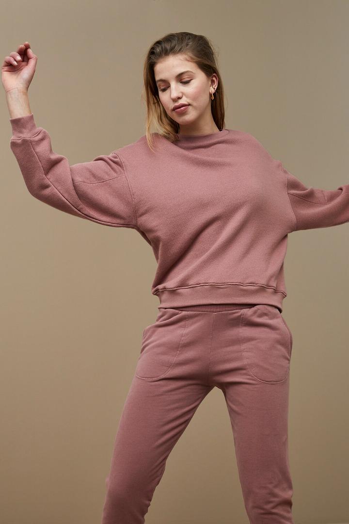by-bar roxy sweater - nostalgia rose