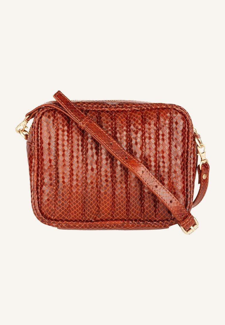 by-bar - nowa bag - golden