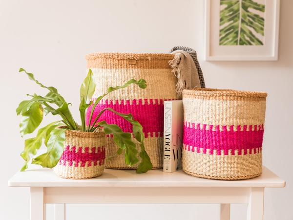 KUZUIA: Fluoro Pink Natural Woven Storage