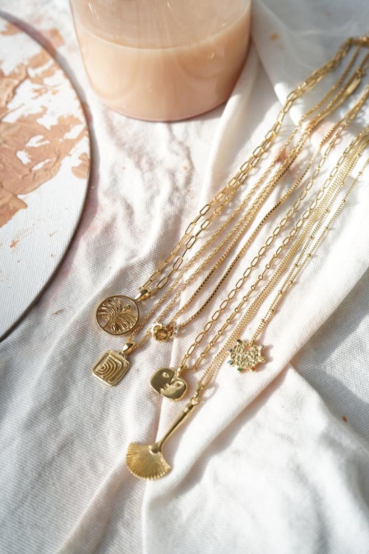 Waves pendant gold 6