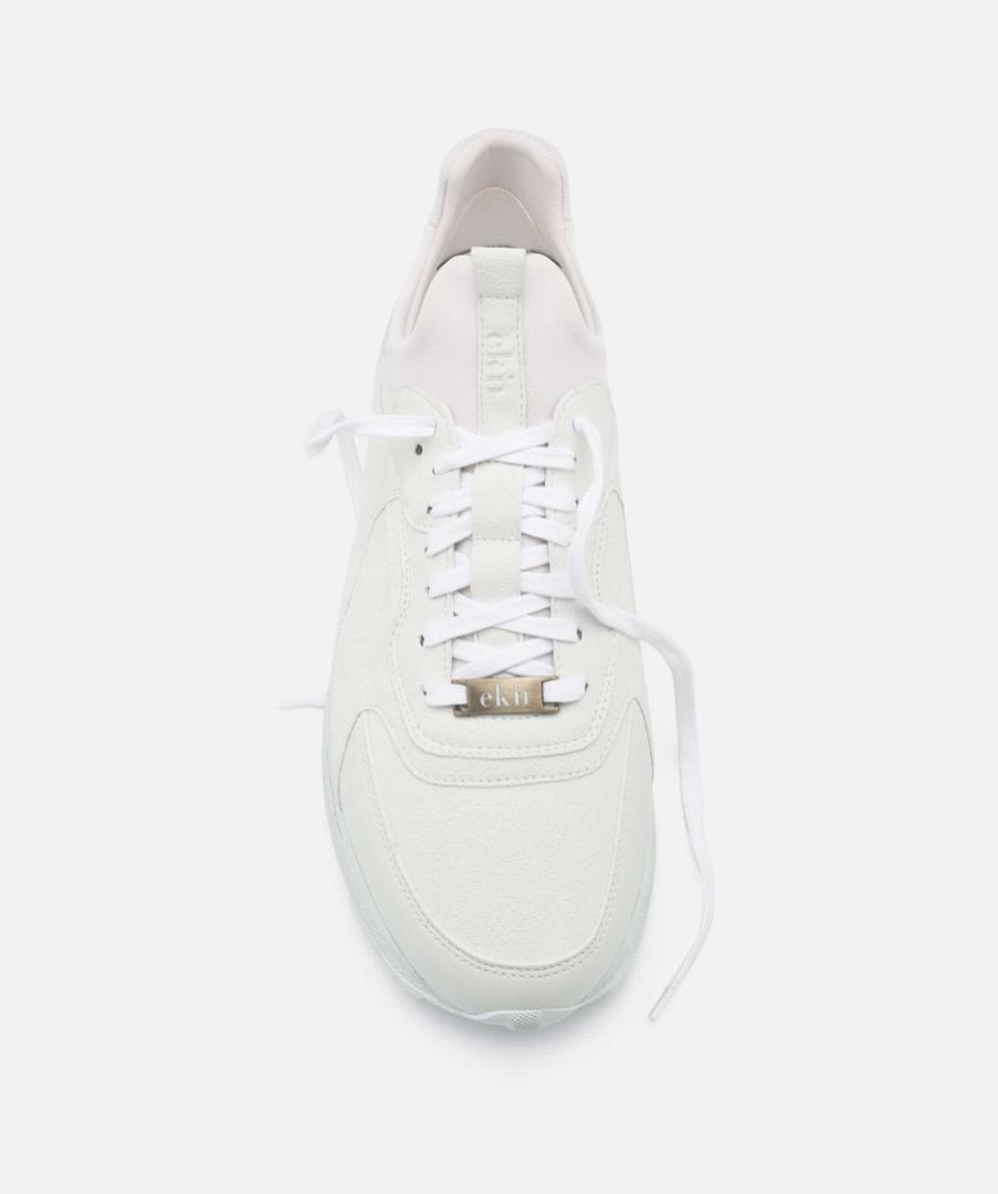 LARCH - White 4