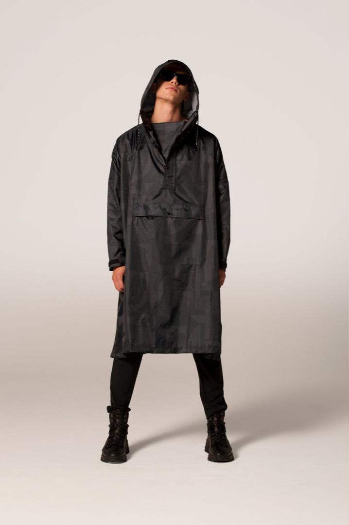 Rainkiss Rain Poncho Back to Black