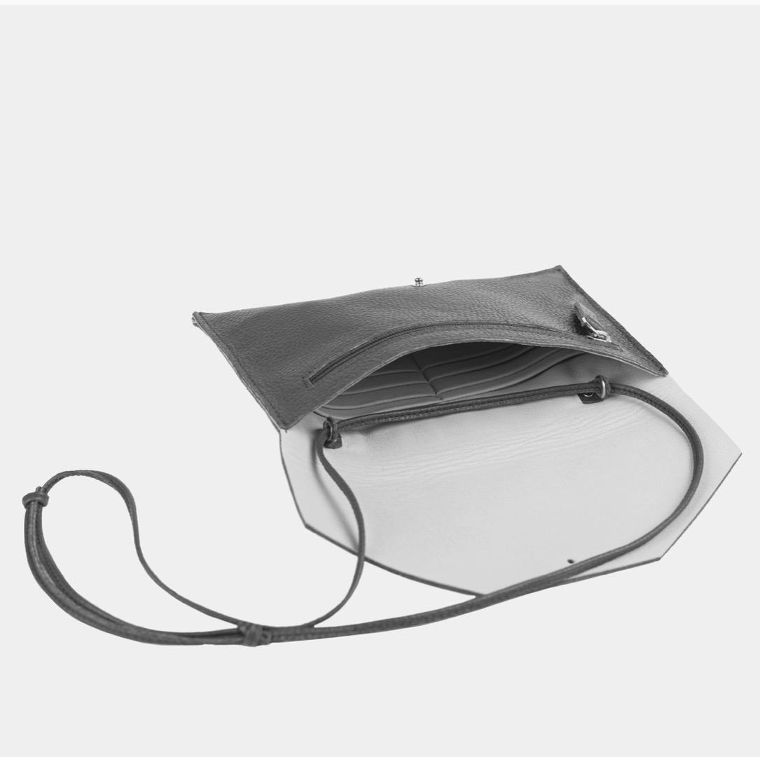 Mia Envelope - Metallic Silver 4