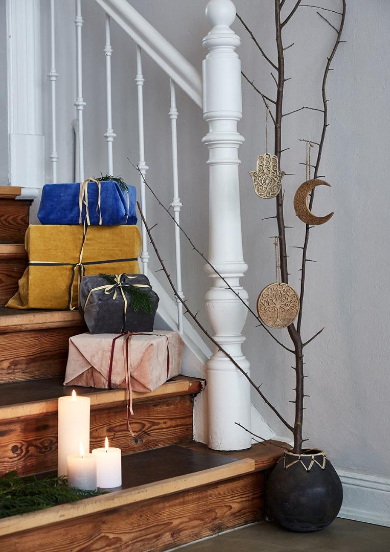 Liv interior Anhänger MOON Mangoholz 12cm