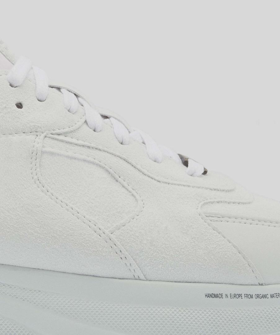 LARCH - White 10