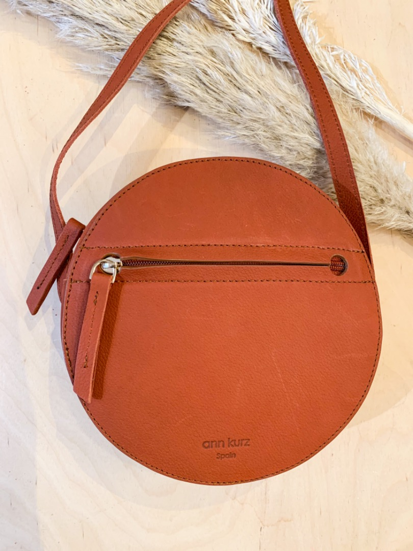 Pia Circle Bag Western Apple Red
