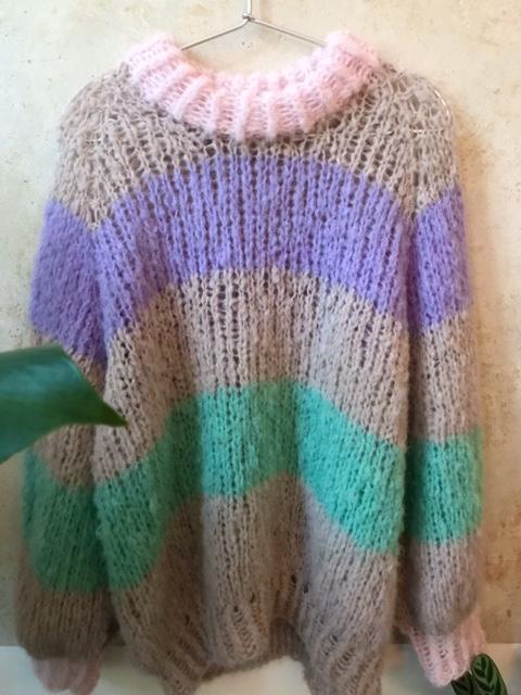 Handgestrickter Pullover S/M