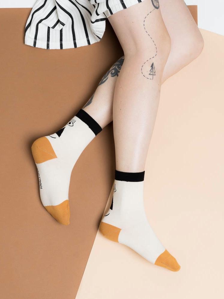 friendly socks - back face black