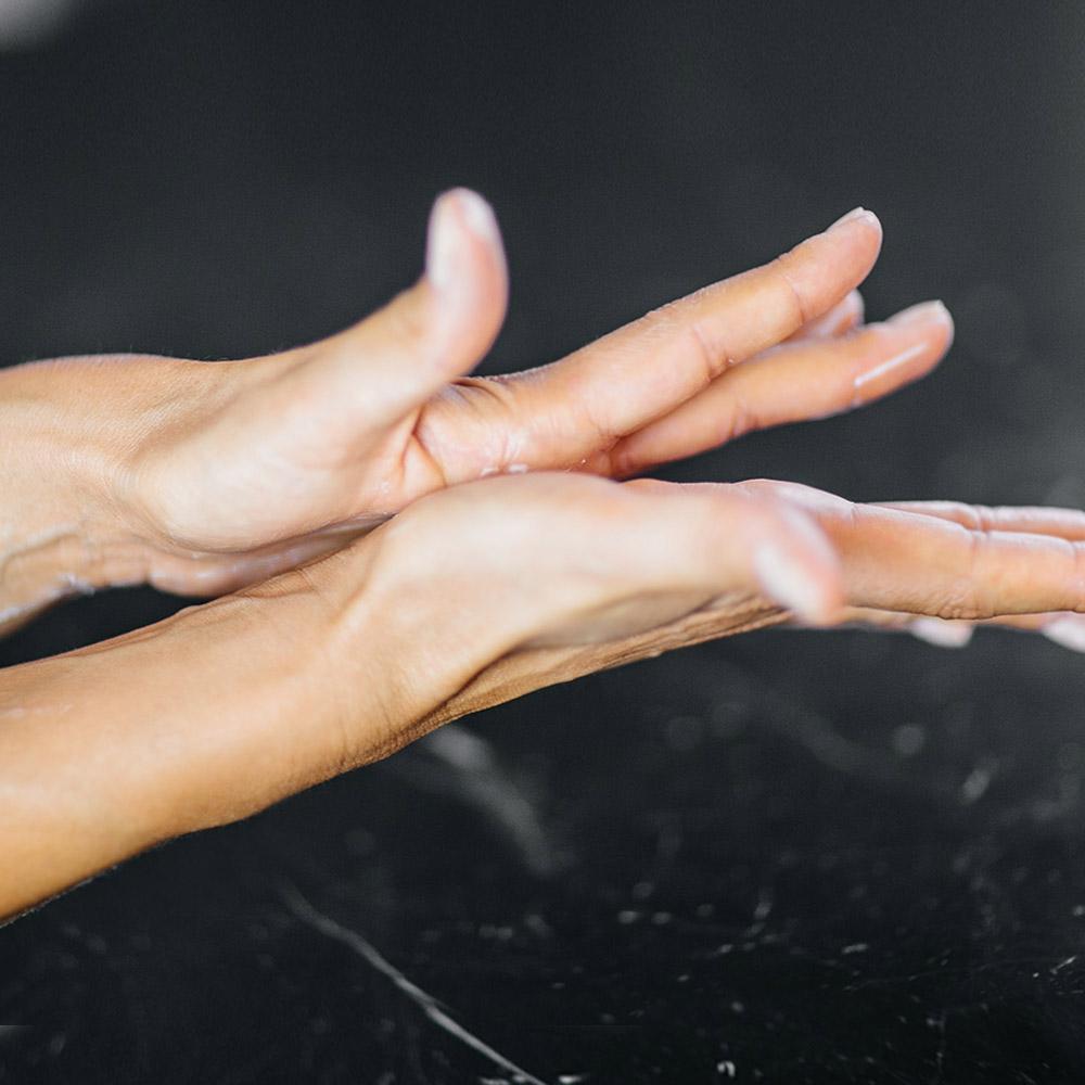 HEALING GREENS Magische Handcreme mit Aloe