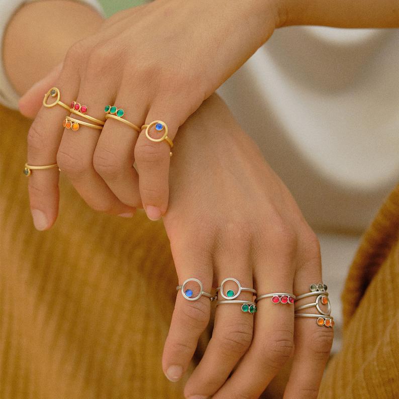 Ring silbern mit roten Acrylsteinen verstellbar